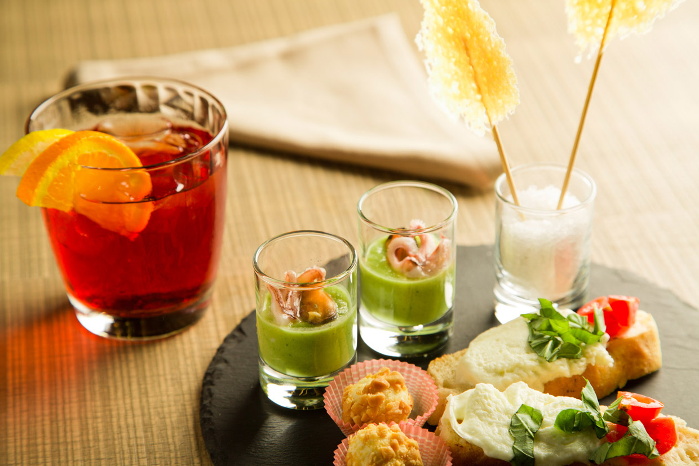 L'aperitivo nascita e diffusione della bevanda