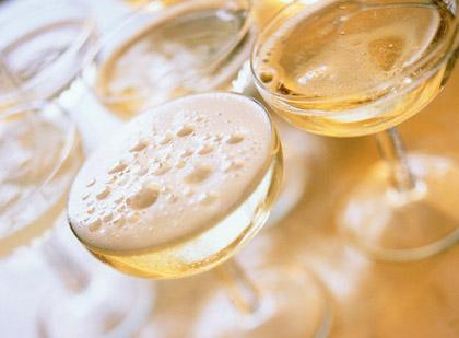 Come scegliere lo champagne giusto per un evento importante